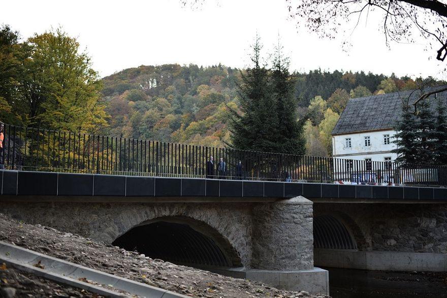 REGION, Zagórze Śl.: Otwarto most w Zagórzu Śląskim