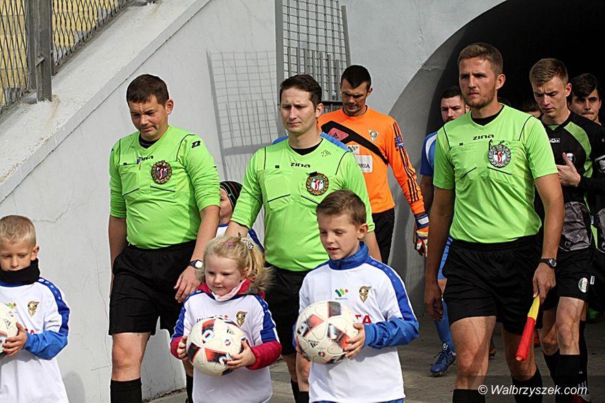 Wałbrzych: IV liga piłkarska: Utracona pozycja lidera
