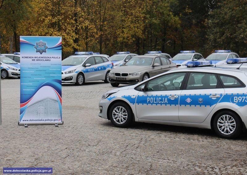 Wałbrzych/powiat wałbrzyski: Nowy radiowóz dla wałbrzyskiej policji