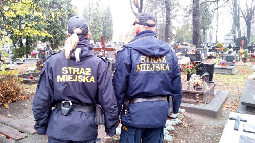 Wałbrzych: Komunikacja miejska w dniu 1 listopada