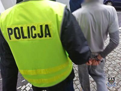 Wałbrzych: Tymczasowy areszt dla dwóch z trzech sprawców rozboju