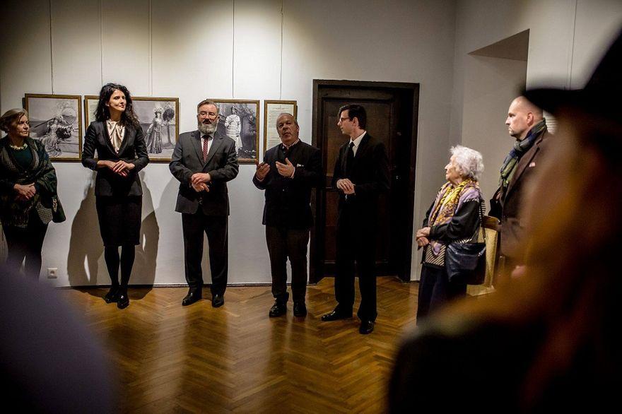 Wałbrzych: Niecodzienna wystawa fotografii w Zamku Książ