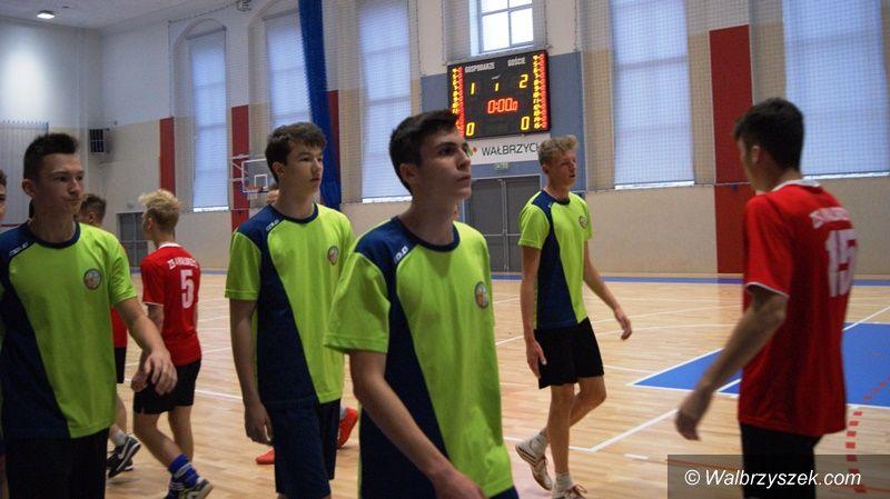 """Wałbrzych: Futsaliści """"czwórki"""" przegrali w karnych"""