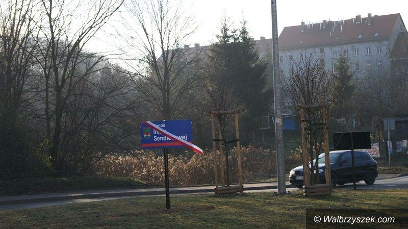 Wałbrzych: Rondo w okolicach Galerii Victoria nosi teraz nazwę Ireny Sendlerowej