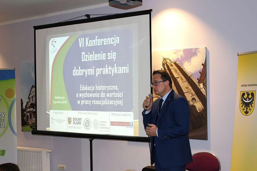 Wałbrzych: Dzielili się dobrymi praktykami podczas konferencji