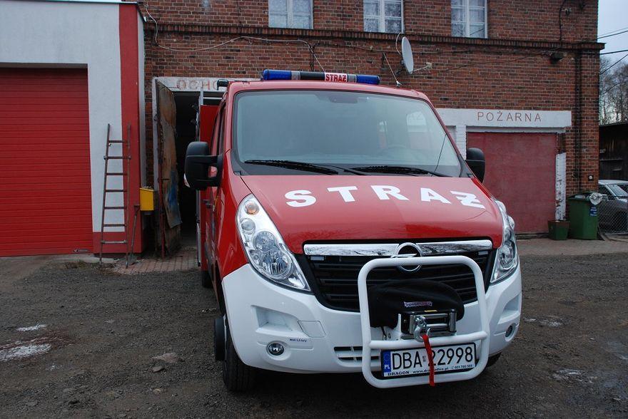 REGION, Głuszyca Górna: Lekki wóz dla strażaków z Głuszycy Górnej