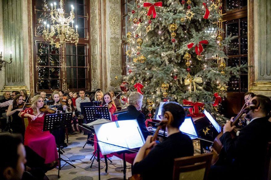 Wałbrzych: Wspaniały koncert w pięknej zamkowej scenerii
