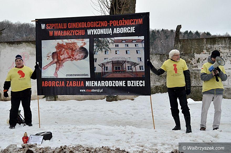 Wałbrzych: Pikieta antyaborcyjna przed szpitalem ginekologicznym