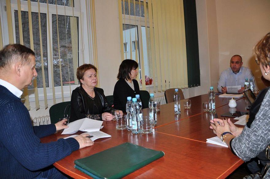 powiat wałbrzyski: Rozmawiali o sprawach oświaty