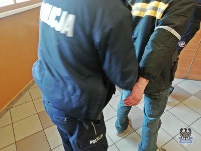 Wałbrzych: Dwumiesięczny areszt dla 45–latka zatrzymanego za włamania oraz zniszczenie mienia