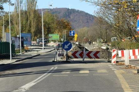 powiat wałbrzyski: Mieszkańcy Starych Bogaczowic, Witkowa i Mieroszowa będą mieli nowe chodniki
