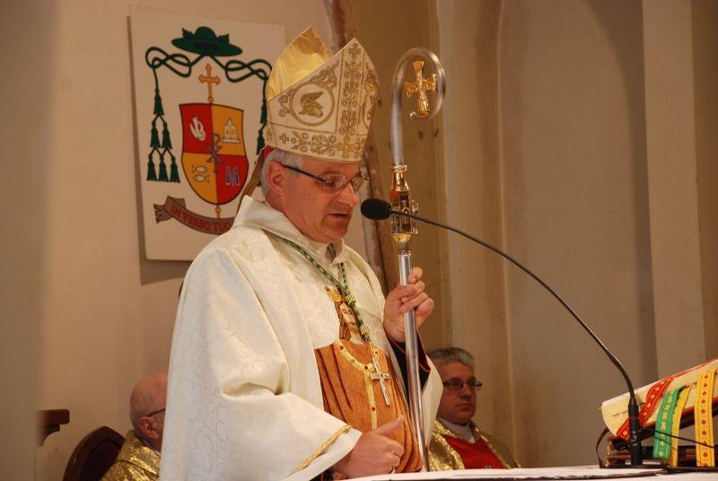 REGION, Głuszyca: Biskup dr Marek Mendyk zasłużony dla Głuszycy