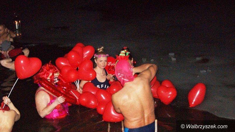 REGION, Dziećmorowice: Morsy kąpielą uczciły Walentynki
