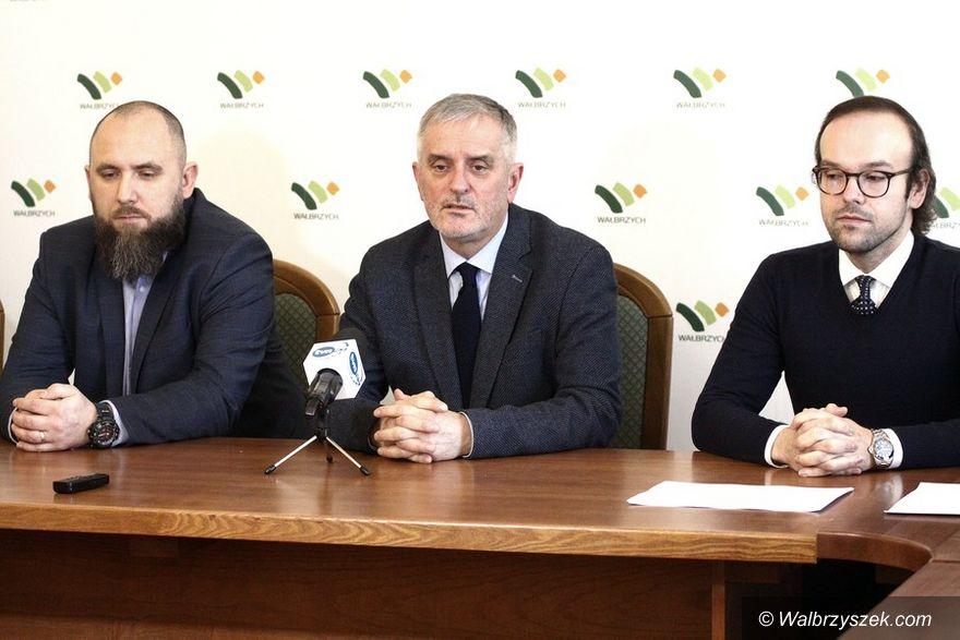 """Wałbrzych: Inicjatywa """"Szczepimy, bo myślimy"""" z poparciem Prezydenta Wałbrzycha"""