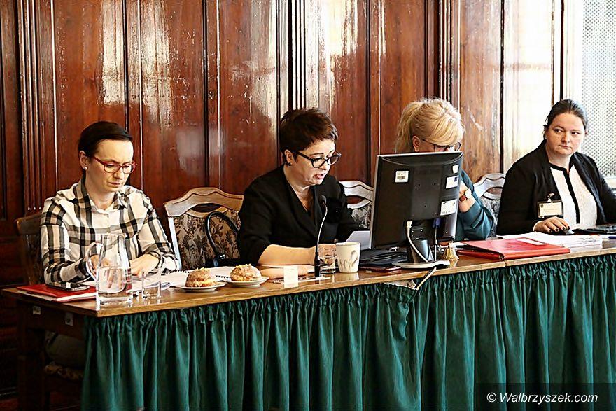 Wałbrzych: Projekt PiS–u w sprawie bonifikat w dotyczących przekształcenia wieczystego gruntów został zdjęty z porządku obrad
