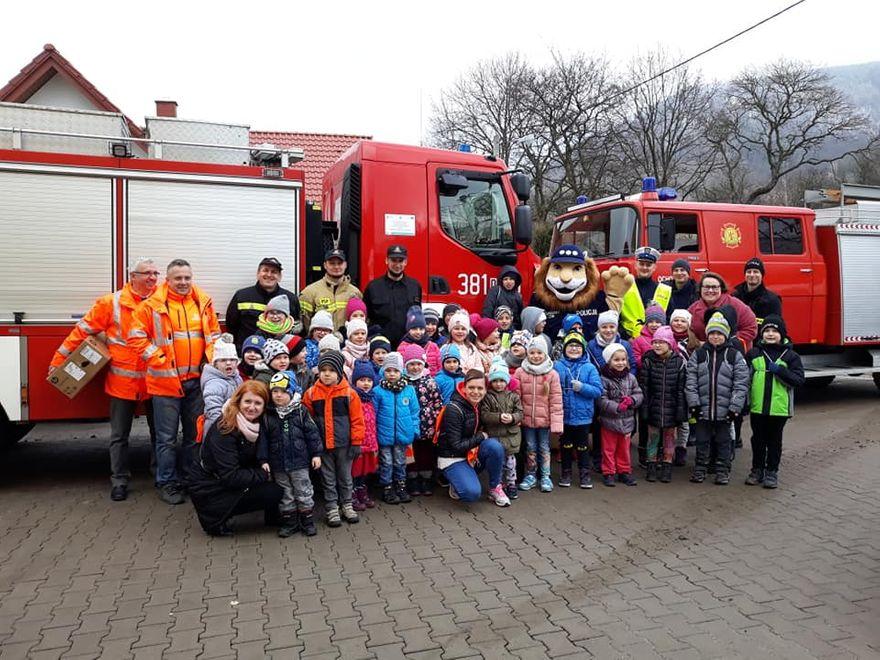 REGION, Sokołowsko: Dzieci z Sokołowska spotkały się z służbami mundurowymi