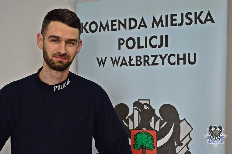 Wałbrzych/REGION: Dzielna postawa wałbrzyskiego policjanta zakończyła się uratowaniem dwojga obywateli Czech