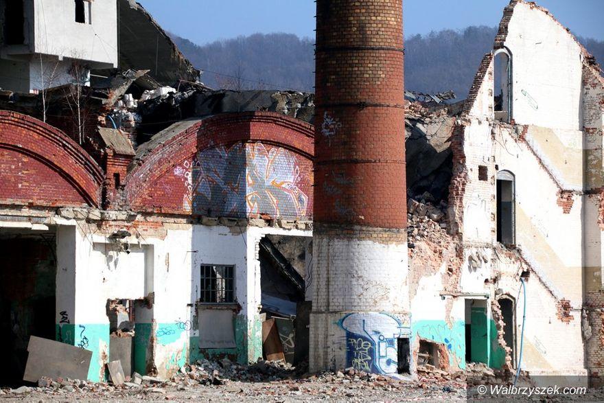 Wałbrzych: Akcja na terenie fabryki Porcelany Wałbrzych będzie kontynuowana