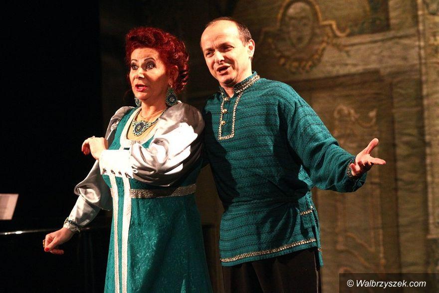 REGION, Szczawno-Zdrój: Ensemble Kalinka w Teatrze Zdrojowym