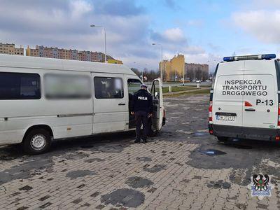 Wałbrzych: Niesprawny bus komunikacji miejskiej wyeliminowany z wałbrzyskich dróg