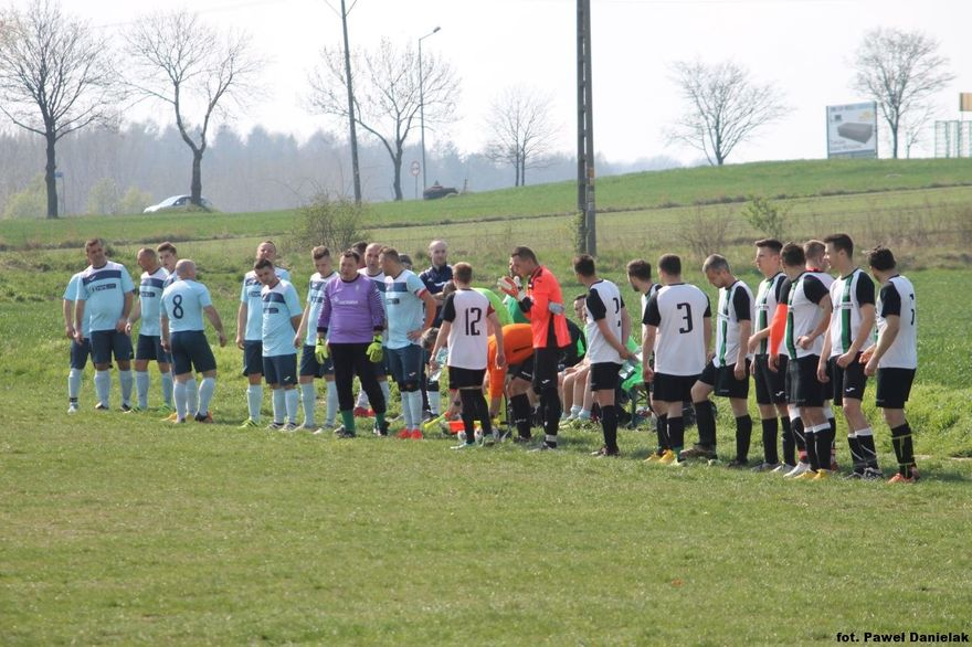 REGION: Piłkarska klasa B: Porażka rezerw MKS–u w Mokrzeszowie