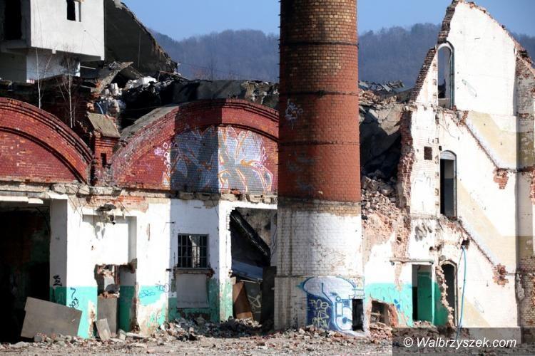 Wałbrzych: Kto powinien zabezpieczyć ruiny po Fabryce Porcelany Wałbrzych?