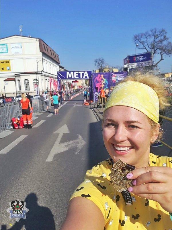 Wałbrzych/Kraj: Troje wałbrzyskich policjantów wystartowało w 46. Maratonie Dębno