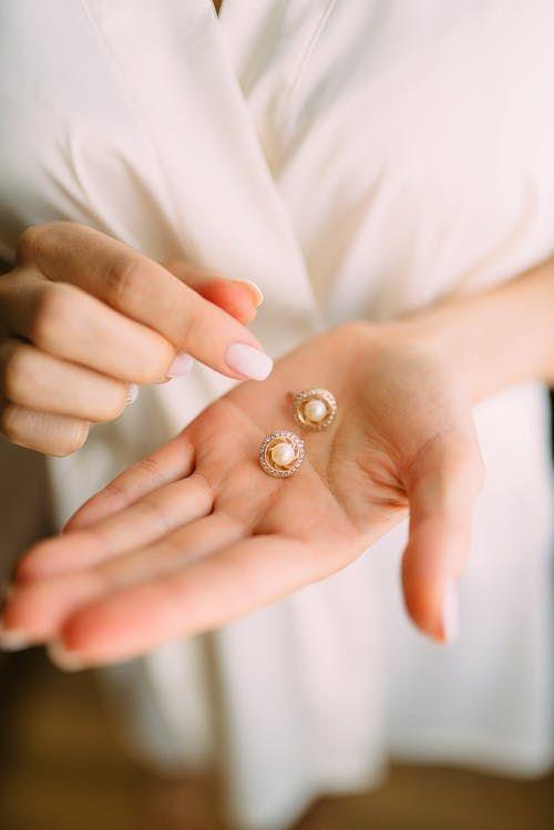 Kraj: Biżuteria to osobisty skarb każdej kobiety. Przekonaj się, jak możesz o niego zadbać!