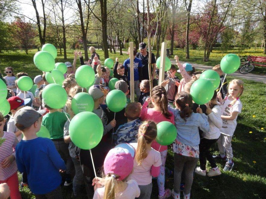 Wałbrzych: Światowy Dzień Ziemi na Podzamczu