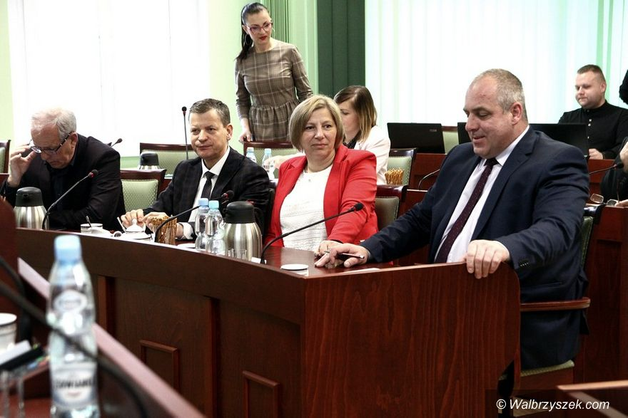 powiat wałbrzyski: Krzysztof Kwiatkowski pozostaje na stanowisku Starosty