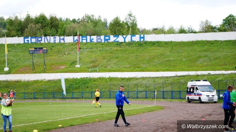 Wałbrzych: Ekstraliga piłkarska kobiet: Wygrana z SMS–em