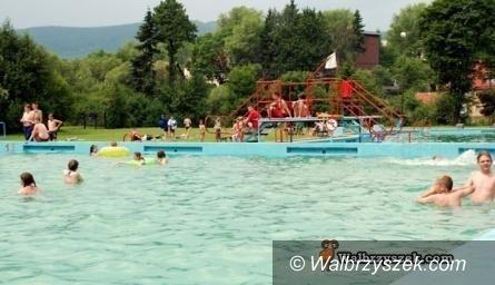 Wałbrzych: Miasto chce poczynić kolejny krok ku budowie basenu odkrytego