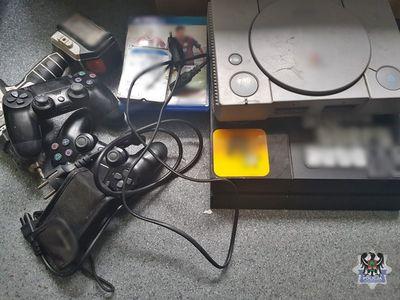 Wałbrzych: Włamał się do mieszkania i ukradł sprzęt elektroniczny