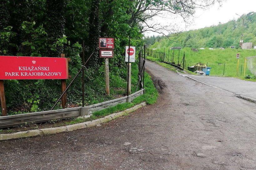 REGION, Świebodzice: Zamknięcie drogi do Książańskiego Parku Krajobrazowego