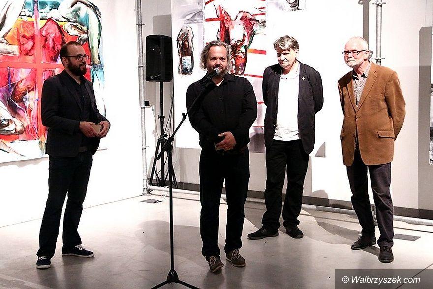 Wałbrzych: Mariusz Mikołajek prezentuje