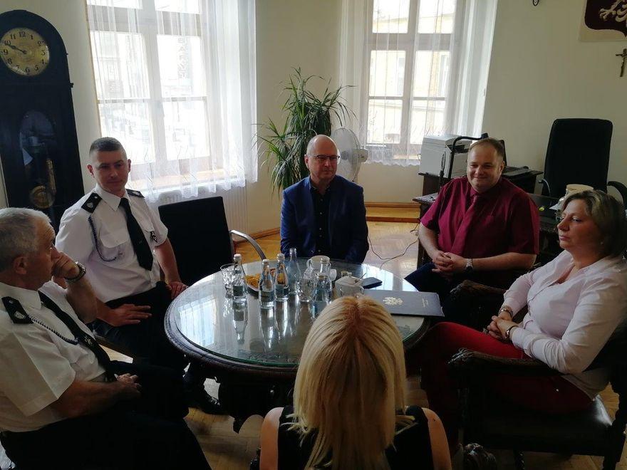 REGION, Boguszów-Gorce: Wóz dla strażaków