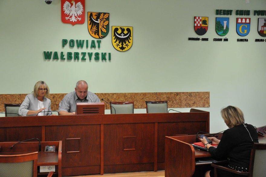 powiat wałbrzyski: Wracają PKS–y