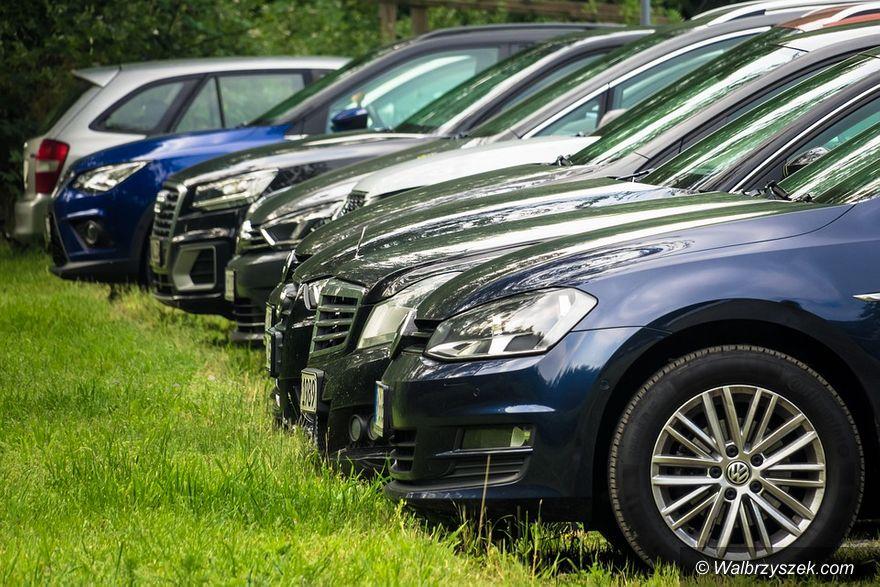 Wałbrzych: Parkingów wciąż brakuje