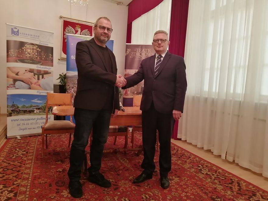 REGION, Szczawno-Zdrój: Dyrektor ma pomysł