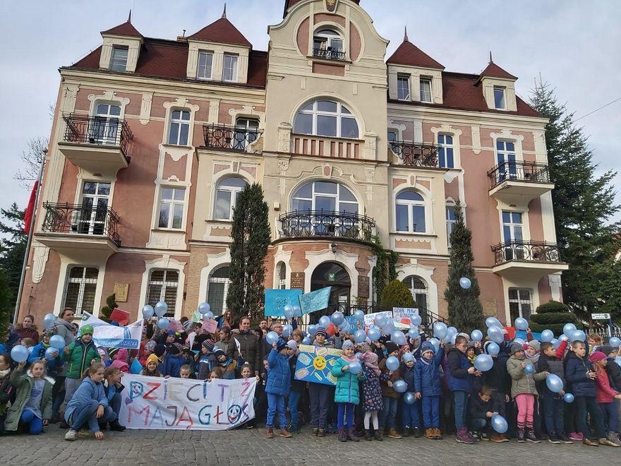 REGION, Szczawno-Zdrój: Prawa dziecka
