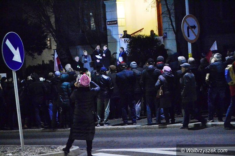 Wałbrzych: Protest pod sądem