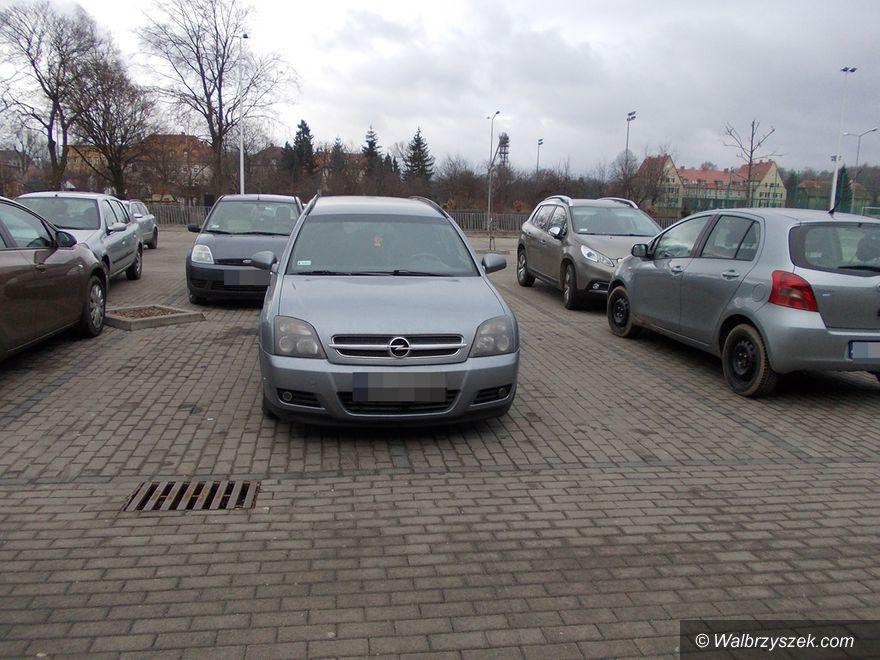 """Wałbrzych: """"Mistrzowie"""" parkowania"""