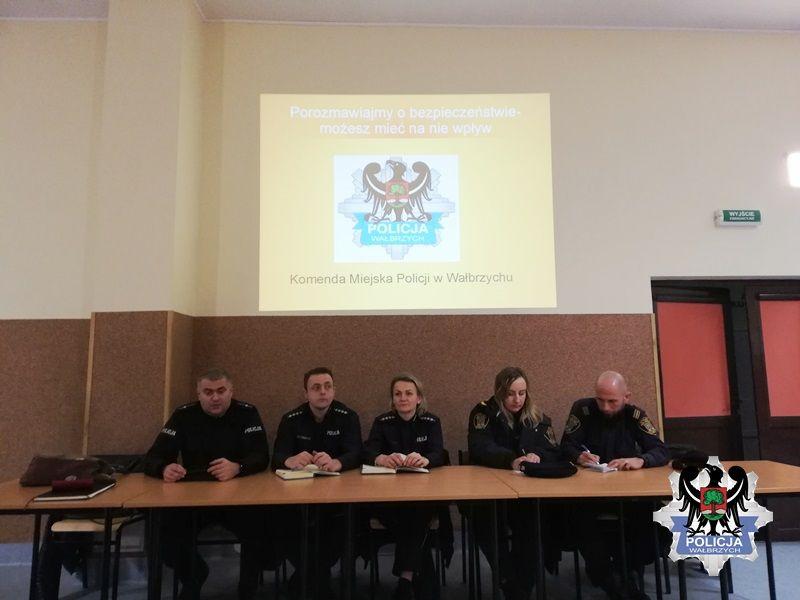 Wałbrzych: Debata o bezpieczeństwie