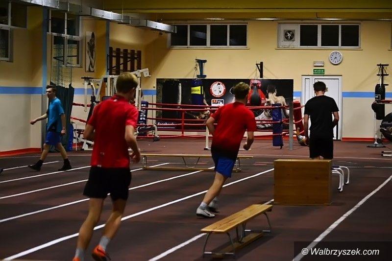 Wałbrzych: Trenują na Dąbrowskiego
