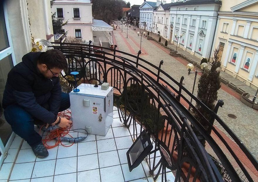 REGION, Szczawno-Zdrój: Pyłomierz na balkonie