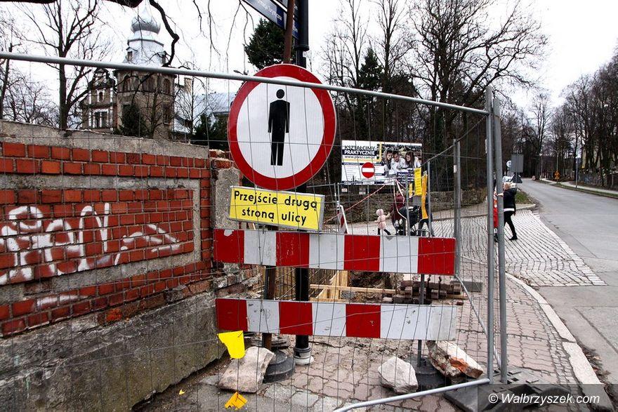 Wałbrzych: Nowy mur