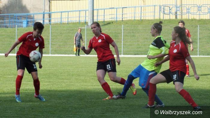 Wałbrzych/REGION: Kobieca piłka