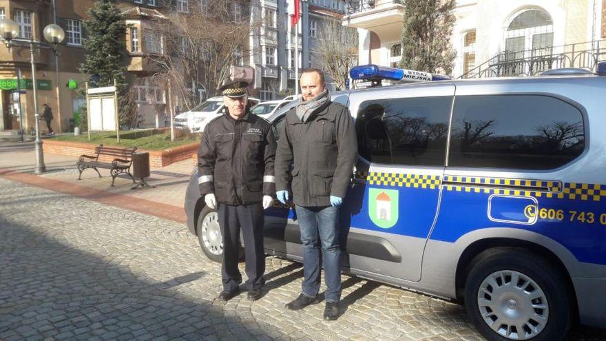 REGION, Szczawno-Zdrój: Strażnicy z nowym wozem