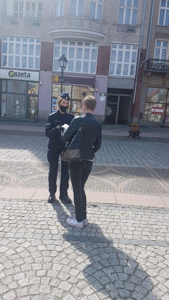 Wałbrzych/powiat wałbrzyski: Maseczka zamiast mandatu
