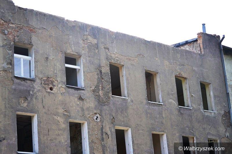 Wałbrzych: Rozbiórka na Sobięcinie